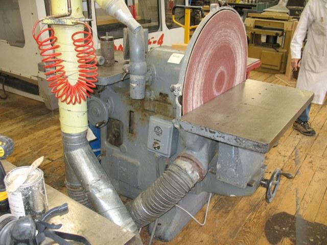 Photo index wadkin ltd disc spindle bobbin sander for 10 inch sanding disc table saw