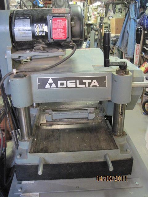 Photo Index Delta Manufacturing Co Invicta Model