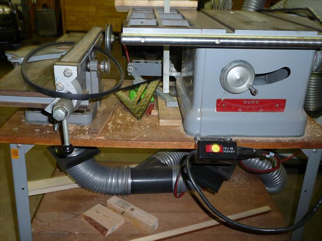 Photo index duro metal products co table saw f3013 and jointer comments table saw and jointer mounted on wood and metal work platform had a short job to do and was to lazy to hook up dust collector source myself keyboard keysfo Gallery